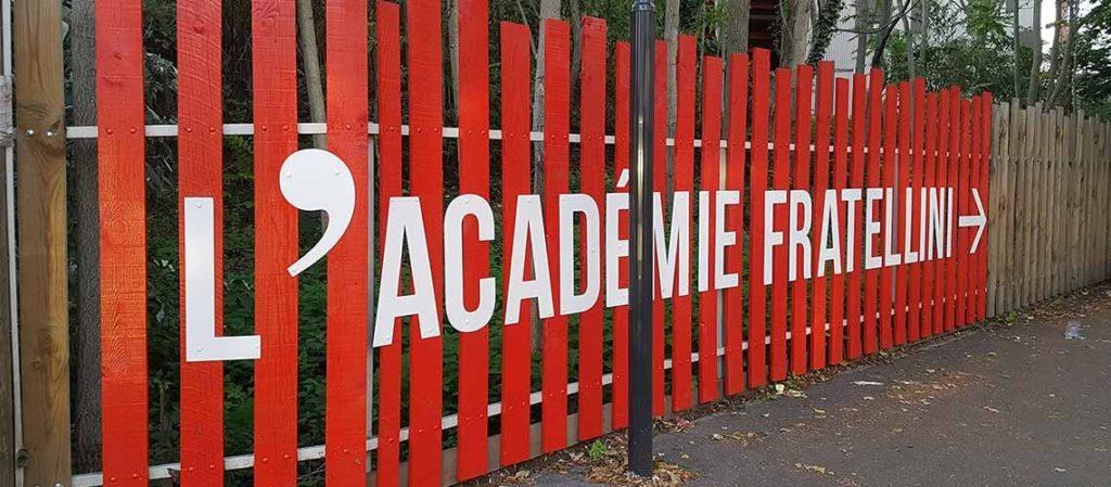 enseigne - Academie Fratellini